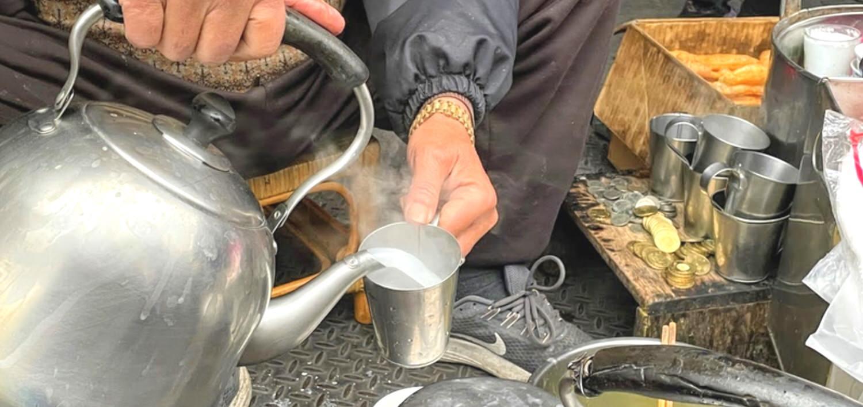 碳燒杏仁茶 / 喝杏仁茶看勞力士的美味 / 東市場半日遊 / 南門圓環 /嘉義東區