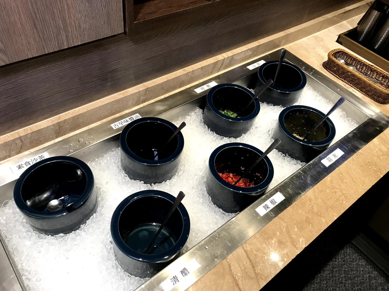 【嘉義|西區】丰盛苑 私藏鍋物|SRF和牛、松阪豬肉與澎湃海鮮的交響組合|嘉義火鍋推薦