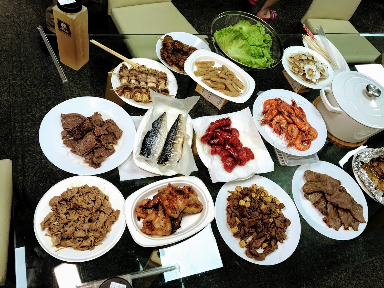  愛食鮮 中秋豪華海陸派對禮盒 蓋瑞哥下廚大挑戰 不烤肉也可以買的烤肉組合 中秋烤肉組合推薦 [全台 宅配]