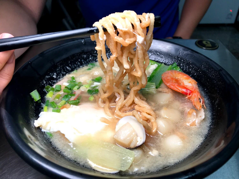 【台南|新市】御田屋 日式鍋燒|撫慰工程師的小痛風😂|海鮮巨塔|黃金干貝|無敵大小卷|百元好吃的鍋燒麵
