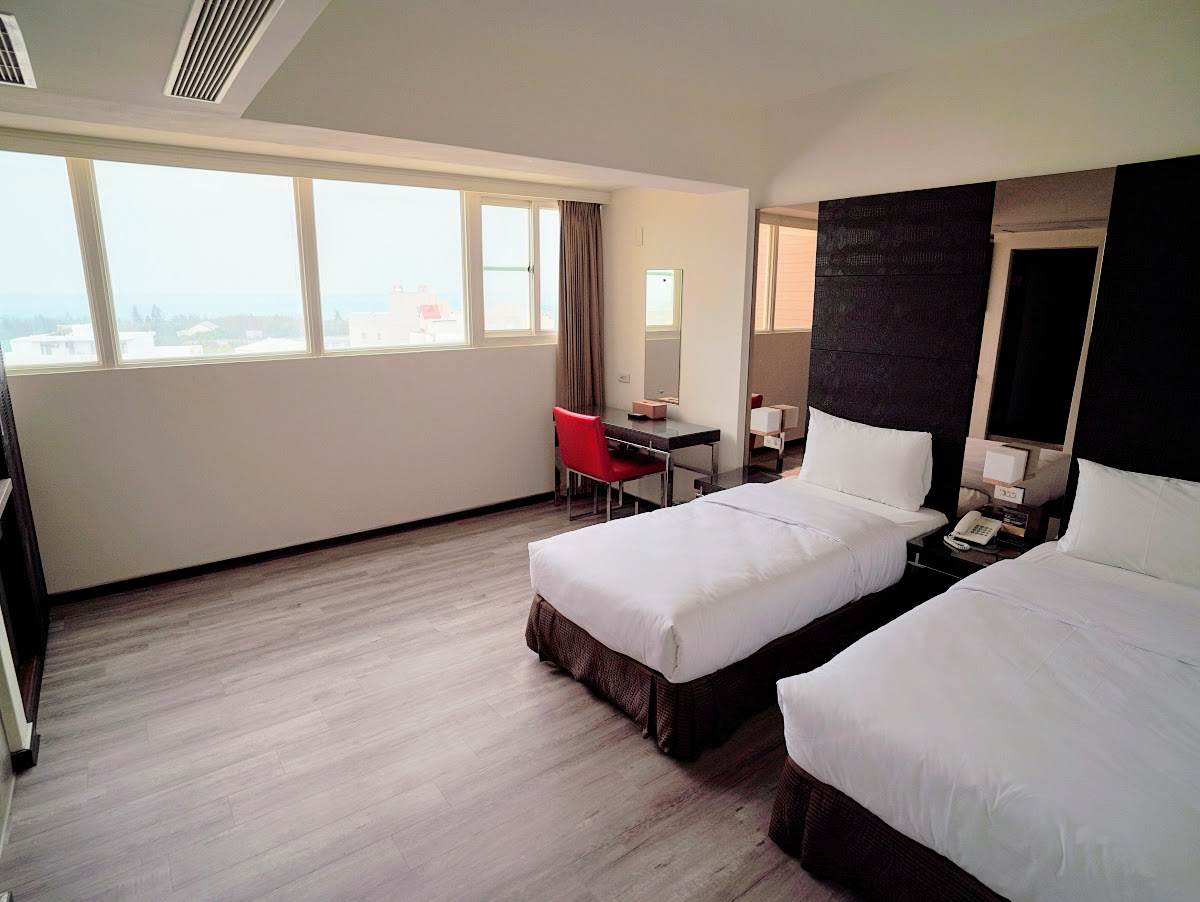 日立大飯店。澎湖馬公市中心舒適飯店|澎湖道地小吃轉個彎就到