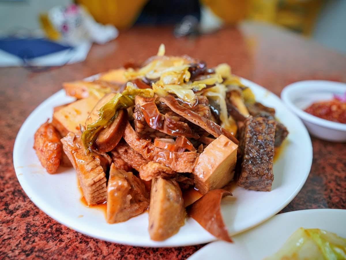 美英素食。澎湖北辰市場中的美味|地方媽媽的最愛
